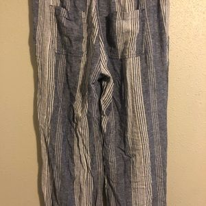 Old Navy Linen pants with pockets
